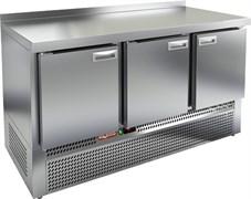Стол охлаждаемый HICOLD GNE 111/TN с нижним расположением агрегата