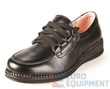 Полуботинки кожаные женские на шнурках, черные