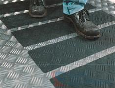 Лента противоскользящая формуемая Safety-Walk™ Conformable, черная 51 мм х 18,3 м