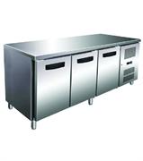 Холодильник-рабочий стол GASTRORAG GN 3100 TN ECX -2...+8оС, 450 л, 3 дверцы, 3 полки-решетки GN 1/1 с направляющими, столешница без борта, снаружи - нерж.сталь 304/430, внутри - алюминий