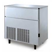 Льдогенератор кускового льда (пальчики) GEMLUX GM-IM170SDE AS воздушное охлаждение, производительность 171 кг/сутки (размеры пальчика 29х35х36 мм, вес 21 г), встроенный бункер для хранения льда вместимостью 50 кг, нерж.сталь