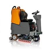 Аккумуляторная поломоечная машина с местом оператора (райдер) TSM GRANDE BRIO RIDE ON 115-750 С учетом необслуживаемых АКБ с жидким электролитом  6 v, 195 а/ч (С5) и зарядного устройства